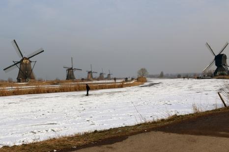 Skating Kinderdijk R de Roij12
