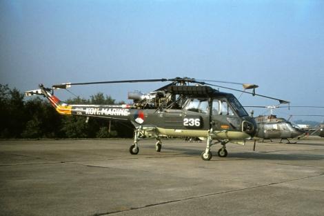 236_2_AH-12A