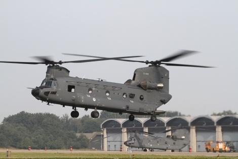 CH-47F_D-892_2