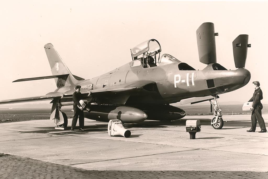 P-11_RF-84F