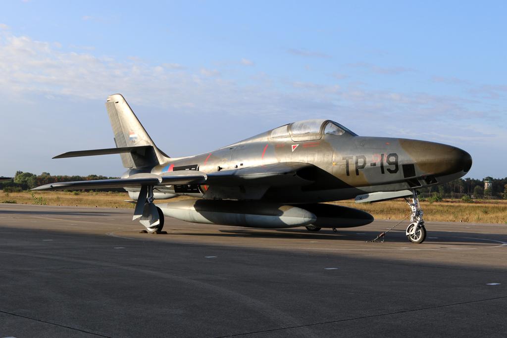 P-5_RF-84F_306sqn_2